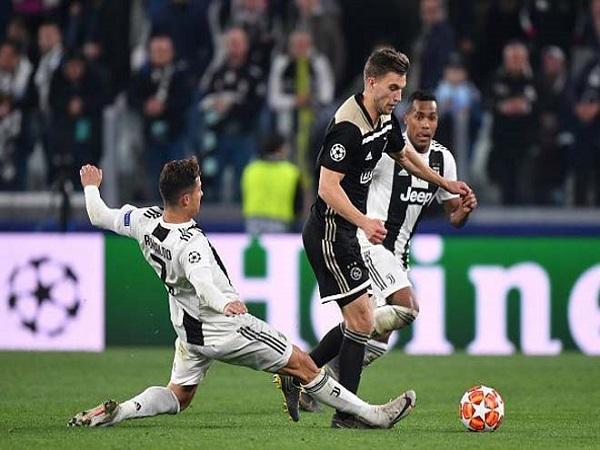 Juventus mơ Cúp C1 nhưng cũng dễ bị phá sản