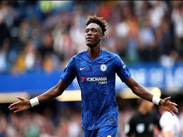 Tin bóng đá ngày 19/9: Chelsea nỗ lực giữ chân Abraham