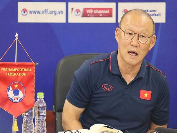Tin bóng đá Việt ngày 23/9: HLV Park và bản hợp đồng