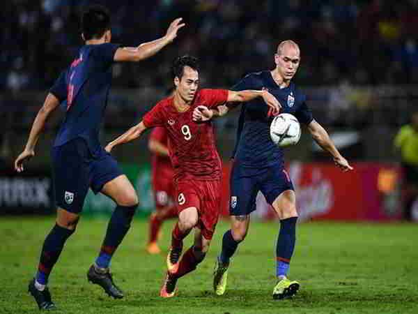 Tuyển Việt Nam tụt hạng trên bảng xếp hạng FIFA tháng 9