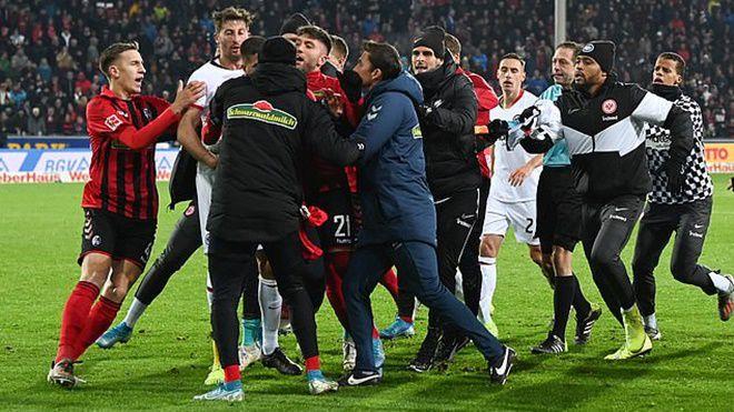 Lịch thi đấu Bundeslig, Cầu thủ Frankfurt và Freiburg va chạm với nhau