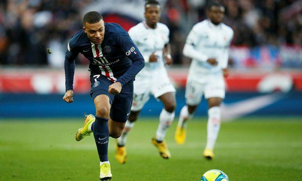 Mbappe hiện là cơn ác mộng đối với mọi hàng thủ ở giải VĐQG Pháp