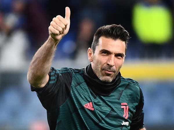 Thông tin tiểu sử thành tích và danh hiệu của cầu thủ Gianluigi Buffon